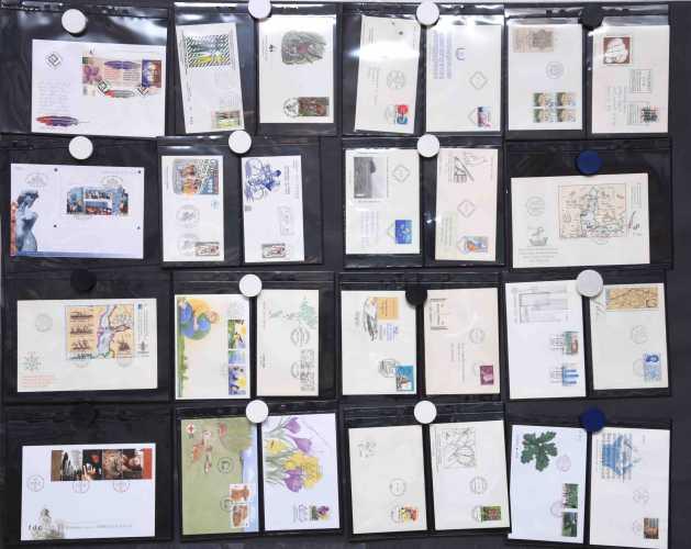 Ensipäivänkuoria - kokoelma (40 kpl)