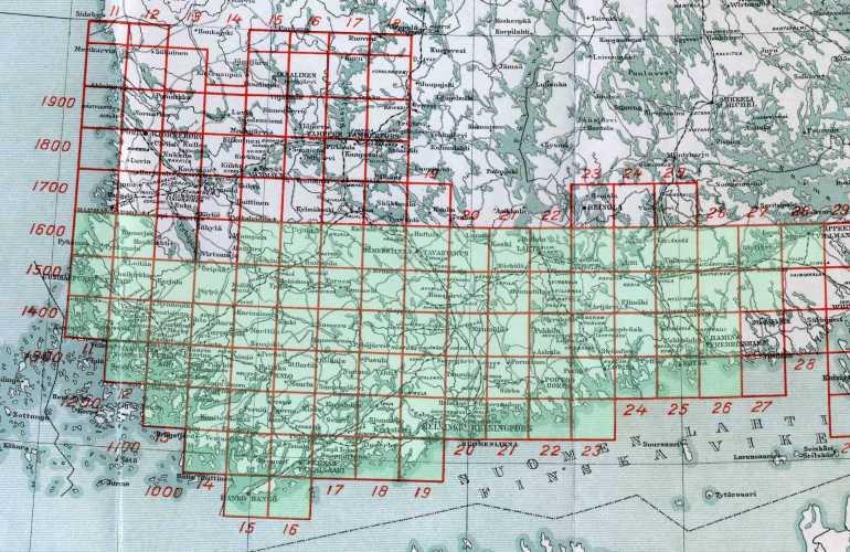 Topografinen kartta 1:42 000 - kokoelma suomennetun painoksen lehtiä